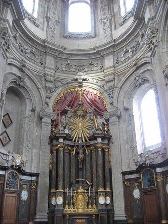 abbaye de Grimbergen autel latéral du st Sacrement.
