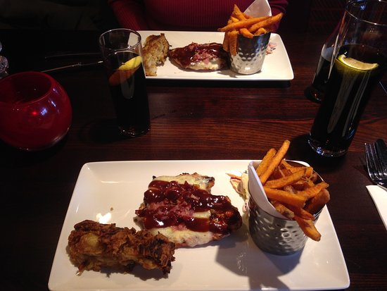 Kidlington, UK: Barbecue Glazed Chicken Topped with Monterey Jack cheese, smokey barbecue sauce and crispy pance