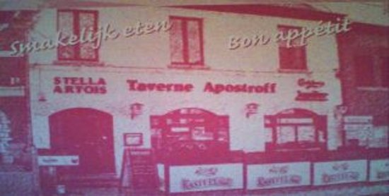 Groot-Bijgaarden, Bélgica: Brasserie Apostroff,in de avondschemering