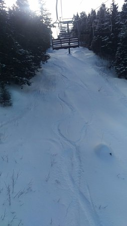 Greenville Junction, ME : Lift line. pow day