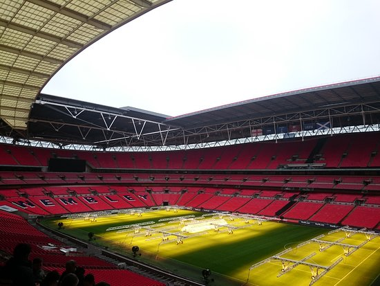 Wembley, UK: Interior