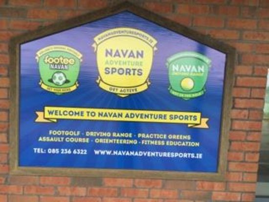 Navan, Ireland: Sign outside the building