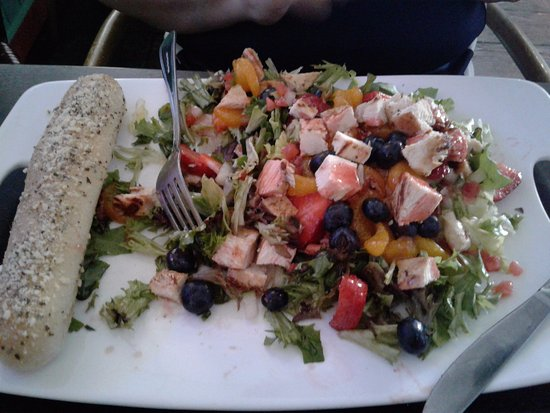 Jensen Beach, Φλόριντα: fruit chicken salad