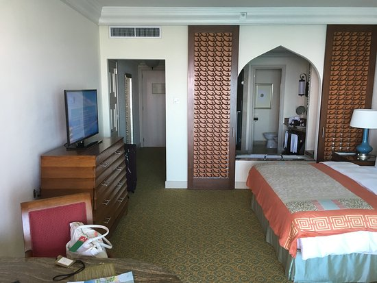 Imperial Club Room Atlantis Dubai