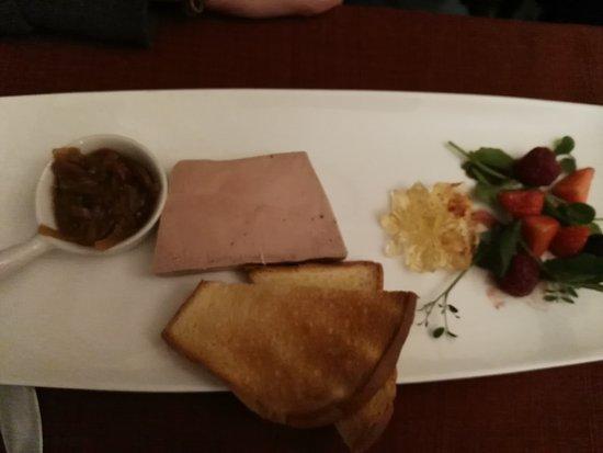 Fleurus, Belgique : Quelques entrées et plat mangés ce soir ...excellents comme d'habitude ! Merci pour le bel accue