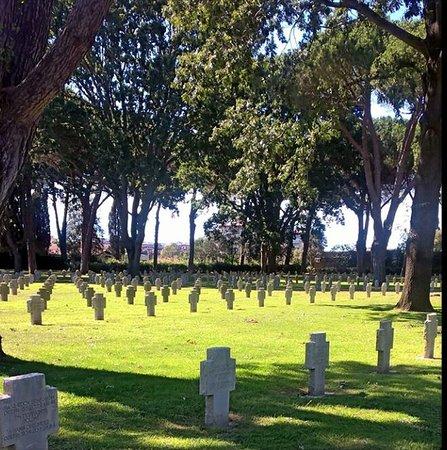 Pomezia, Italia: Cimitero Militare Germanico