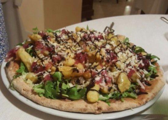 Mascalucia, Ιταλία: Pizza Rivisitata
