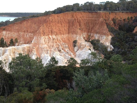 Merimbula, Australia: The pinnacles geological formation