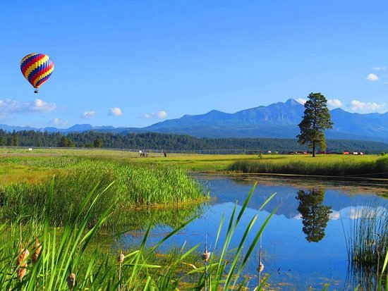 Pagosa Springs, CO: Stunning views of the lakes of Pagosa and San Juan Mountains