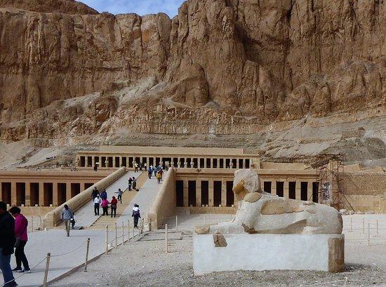 Real Egypt Tours: Temple of Queen Hatshephut