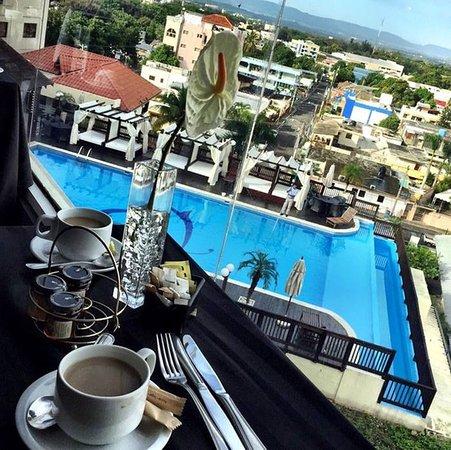 Hodelpa Gran Almirante Hotel & Casino: Piscina del Hodelpa Gran Almirante