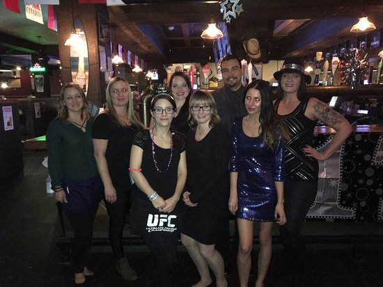 Drayton Valley, Canada: NYE at the taphouse! Great times :)