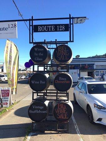 Geyserville, CA: sign