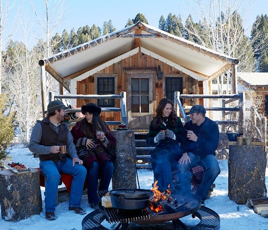 Philipsburg, MT: Trapper Canvas Cabin is a year-round, creekside glamping accommodation with a cedar soaking tub.