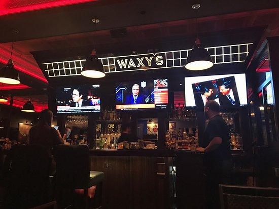 Brookline, MA: Side bar area