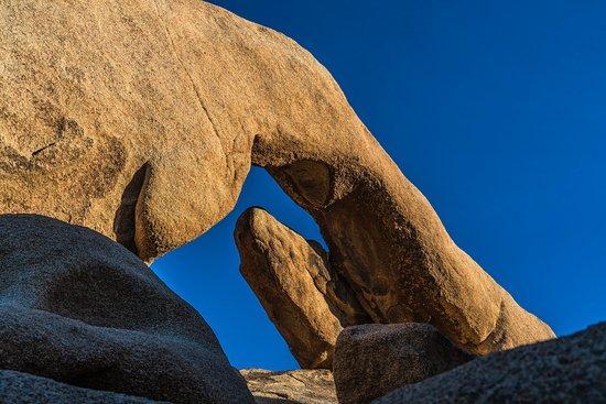 Twentynine Palms, CA: Arch near Campground