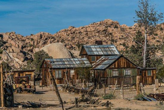 Twentynine Palms, CA: Historic Desert Queen Ranch