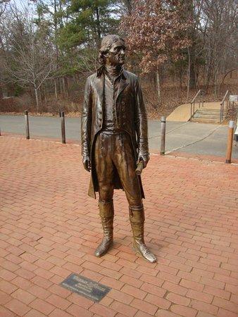 ชาร์ลอตส์วิลล์, เวอร์จิเนีย: Statue of Thomas Jefferson