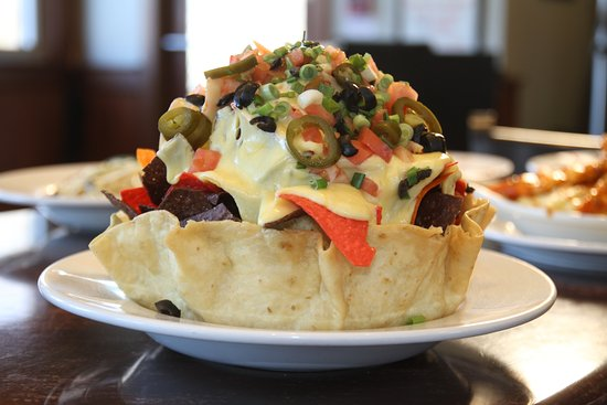 Smithfield, RI: Tavern Tower Nachos