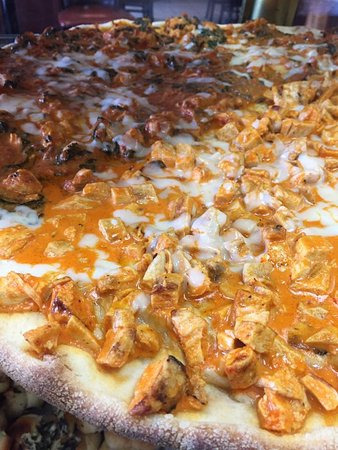 Yardley, PA: Buffalo Chicken Pizza