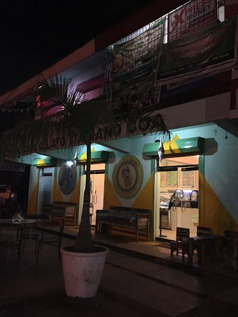 Anjuna, India: Cream Choc