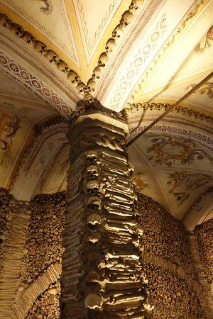 Pousada Convento de Évora: Chapel of Bones