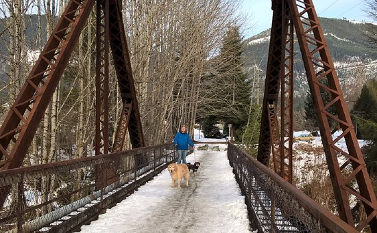 Crossing the train-now-pedestrian bridge at the end of Nelson Rd in Lake Cowichan