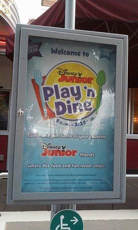 Disney Junior Play N Dine Picture Of Hollywood Vine