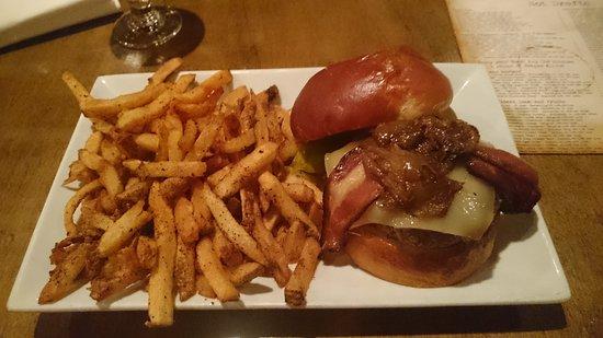80/20 Burger Bar: DSC_0319_large.jpg