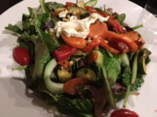 Iowa City, IA: Grilled vegetable salad