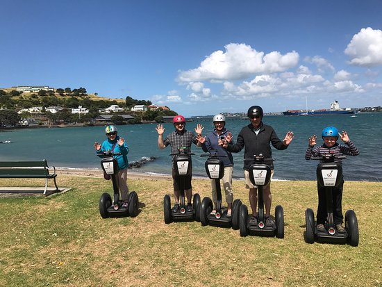 Devonport, New Zealand: MagicBroomstick (Segway) Tours