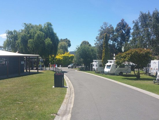 St Helens, Australien: Neat and tidy grounds