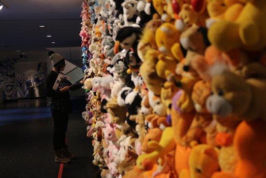 Montreal, Canadá: teddy bear wall