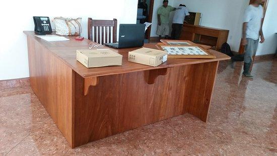 Belize Wood Works Ltd.: Receptionist Desk