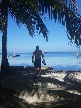 Glovers Reef Atoll, Belize: Swimming