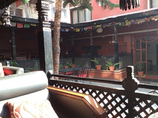 Hotel Encounter Nepal: Also covered terrace