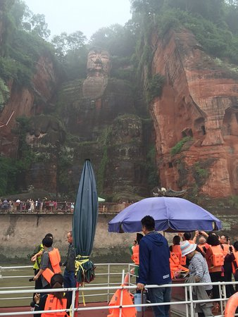 Emeishan, China: from the boat