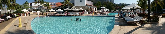 Club Med Ixtapa Pacific: Club Med Ixtapa main pool area