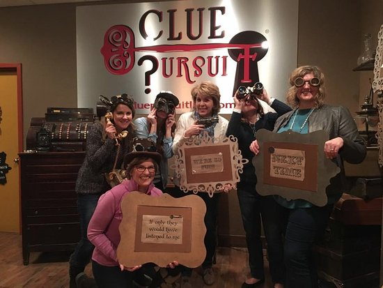 A Fun Girls Night Out Picture Of Clue Pursuit Kansas City