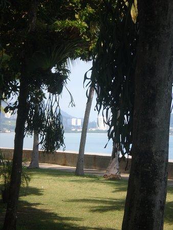 Eastern & Oriental Hotel: part of the beachfront promenade