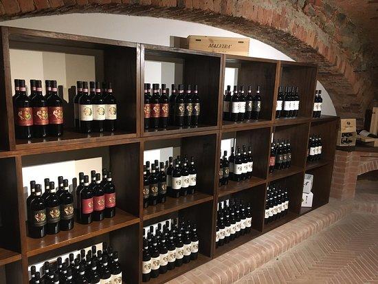 Lanzo Torinese, Włochy: Cantina Malvira'