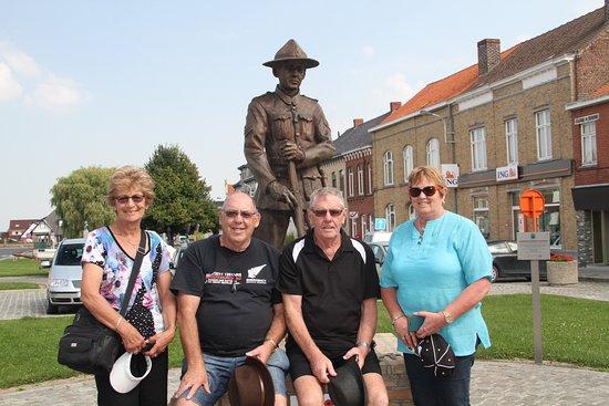 Ypres, Belgique : The New Zealand Soldier Memorial Mesen, Belgium