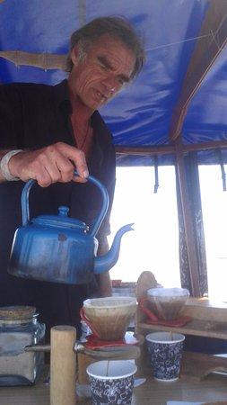 Greymouth, New Zealand: Richard making coffee