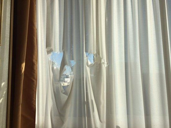 Hotel Terme Internazionale: Oblò nella tenda !