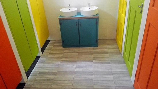 Port Alfred, South Africa: Shared bathroom