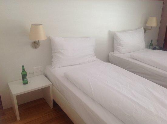Sins, Switzerland: Very comfortable beds. Always clean