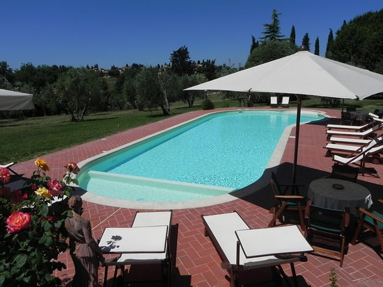 Montespertoli, Italien: Swimming-pool