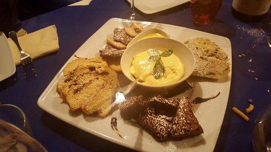 Nonantola, Italien: dolci dolci dolci dolci