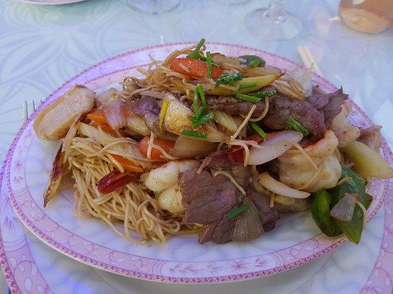 Morlaix, França: Nouilles sautées à la viande