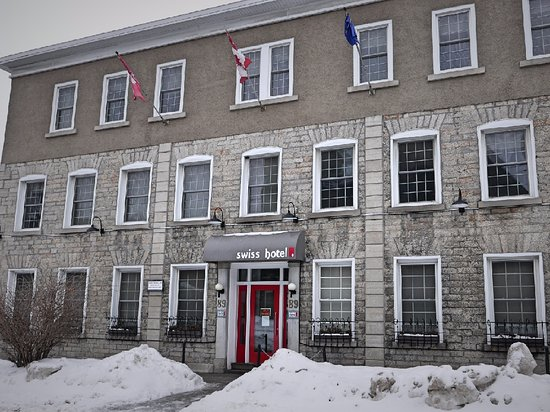Swiss Hotel: Hotel is located in an updated historical building in downtown Ottawa.
